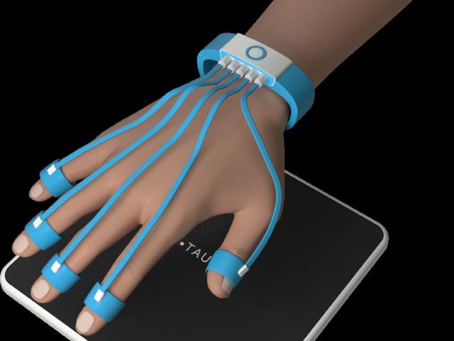 TAU_tracker_hand2